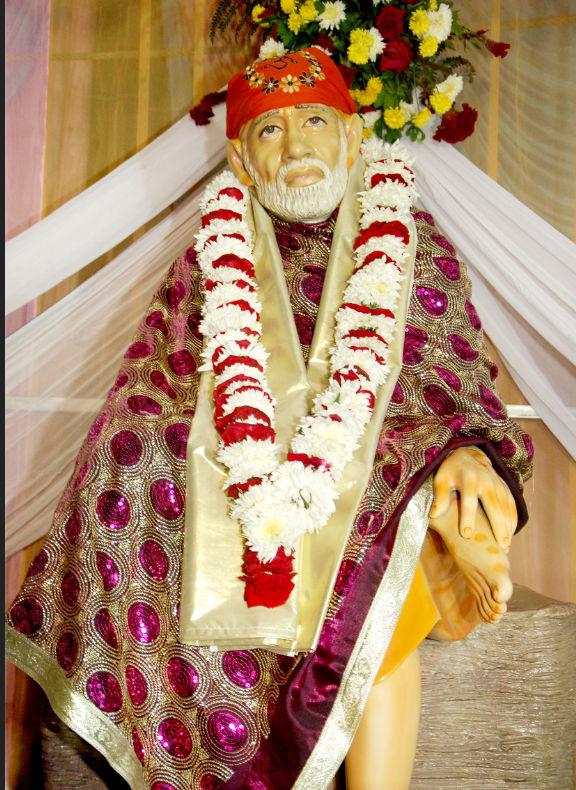 Shirdi sai temple: Holy places near Pune