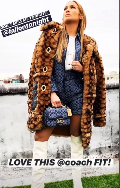 Jennifer lopez: Best dressed hollywood celebs
