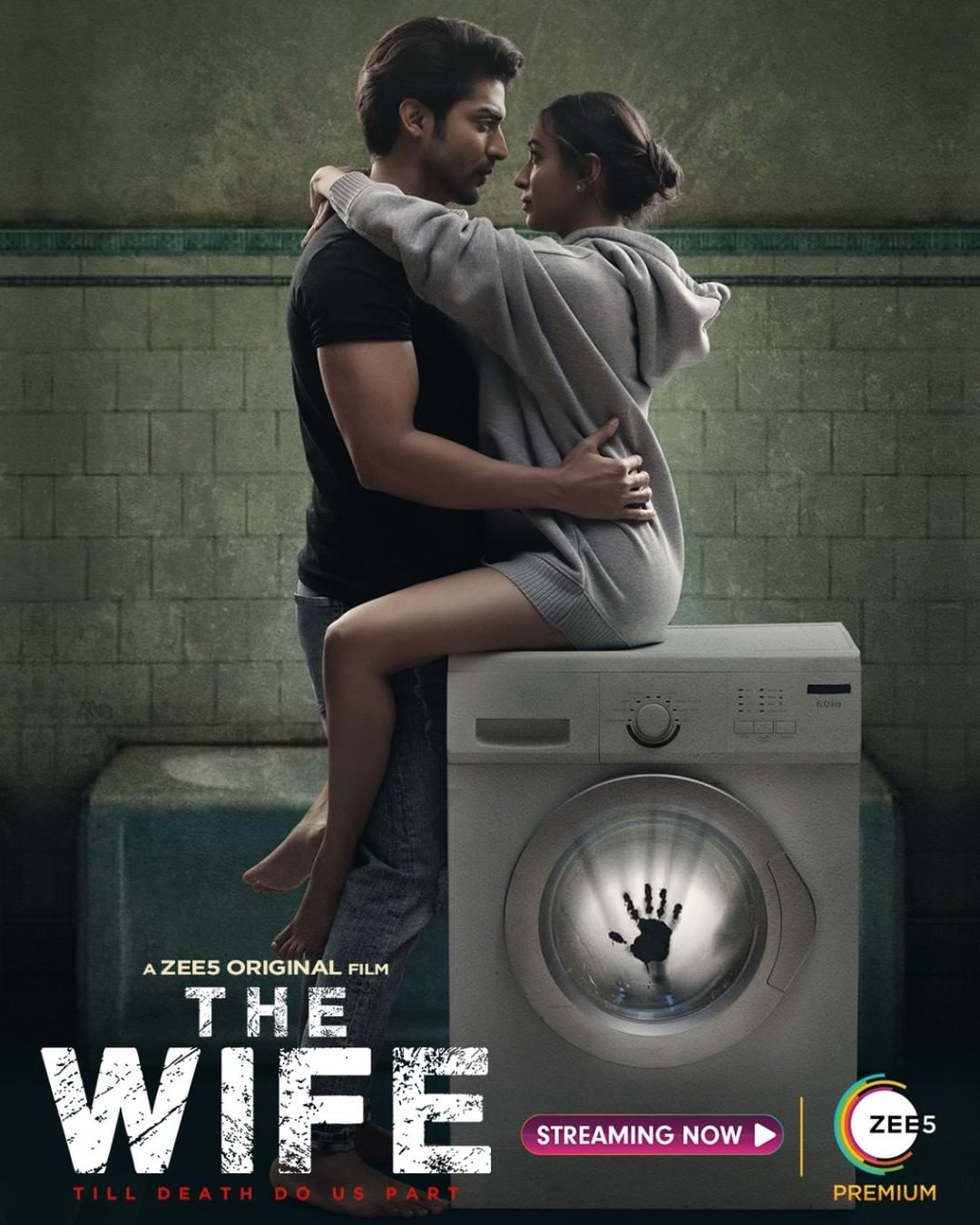 The Wife (2021) Review - Engaging horror film focuses more on the script, less on gimmicks