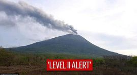 IN PICS | Indonesia's Mt Ili Lewotolok erupts spewing smoke 4km high, thousands evacuated