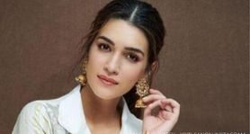 Kriti Sanon spotted with Chitra Banerjee's 'Ramayan' retelling book as she preps for Sita