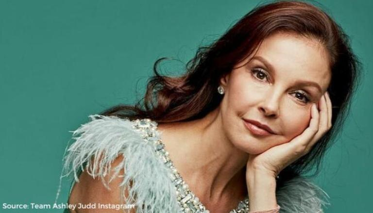 Ashley judd is walking again. When Ashley Judd Texted Her Sister To Wash Her Hair While Having Suffered From Leg Injury