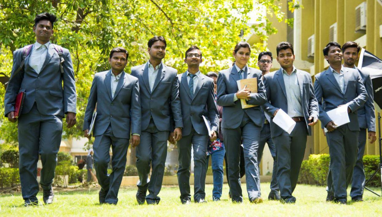 Details on MBA eligibility criteria in top Indian B Schools; see IIM, FMS criteria - Republic World