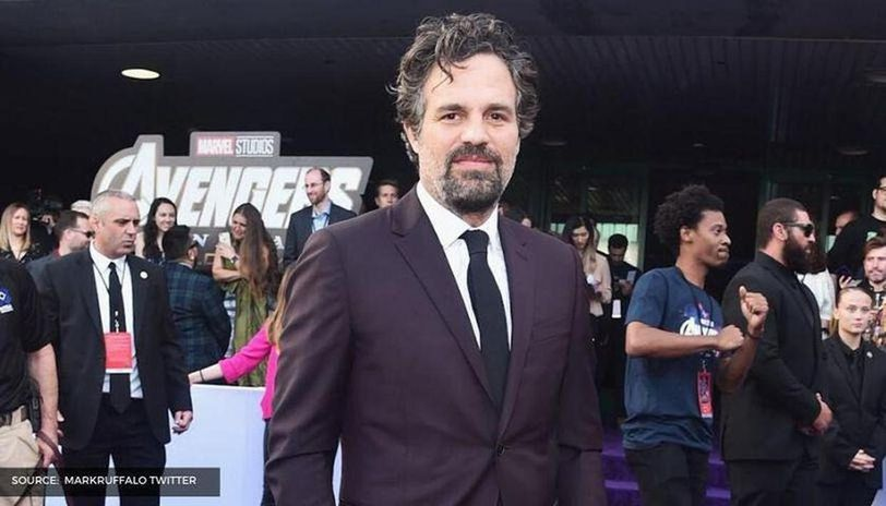 Mark Ruffalo reveals who convinced him to play Hulk's role in 'The Avengers'. Read