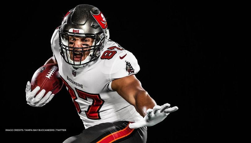 Rob Gronkowski unveiled in full Buccaneers uniform as Brady-Gronk ...