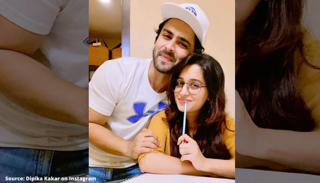 Dipika Kakar's husband is 'excited like a child' as she gifts him a guitar - Republic World