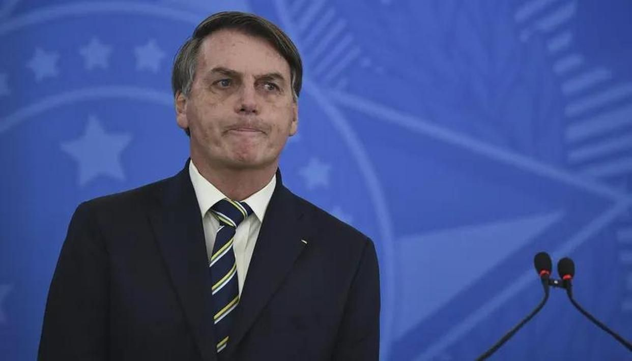 Brazil's govt says 'national security' would be at risk if Bolsonaro's phone seized - Republic World
