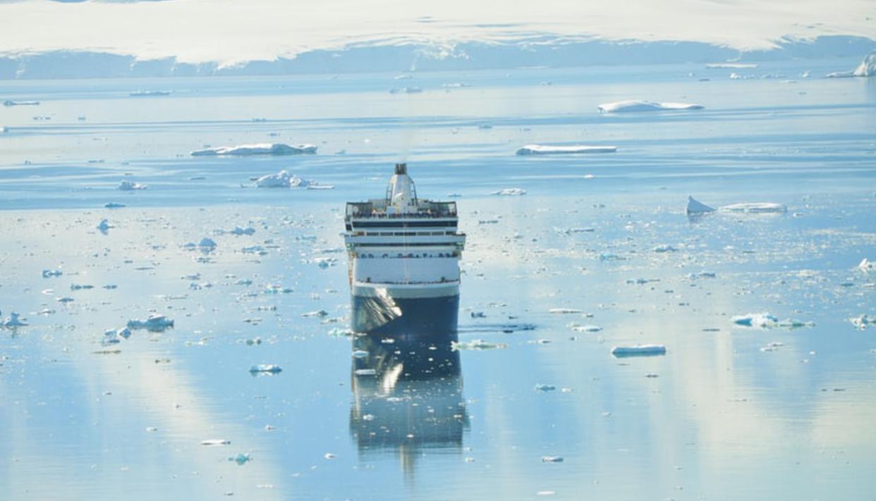 Antarctic ice melting will increase sea-level by 2.5m irrespective of Paris goals: Study - Republic World - Republic World