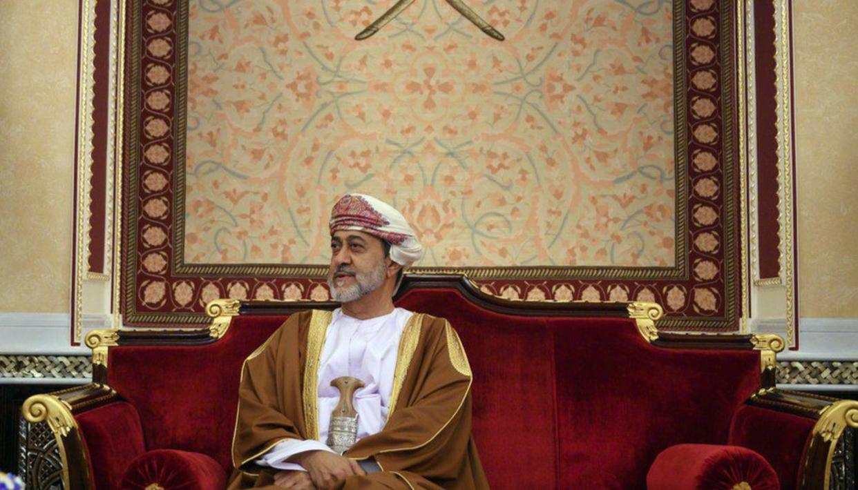 Oman sultan amends constitution to create crown prince post, eliminate succession crisis