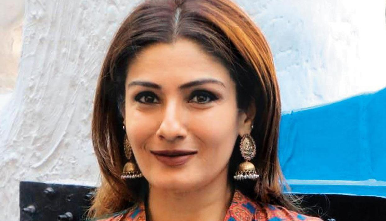 Raveena Tandon's films where she shared screen with popular female lead actors - Republic World
