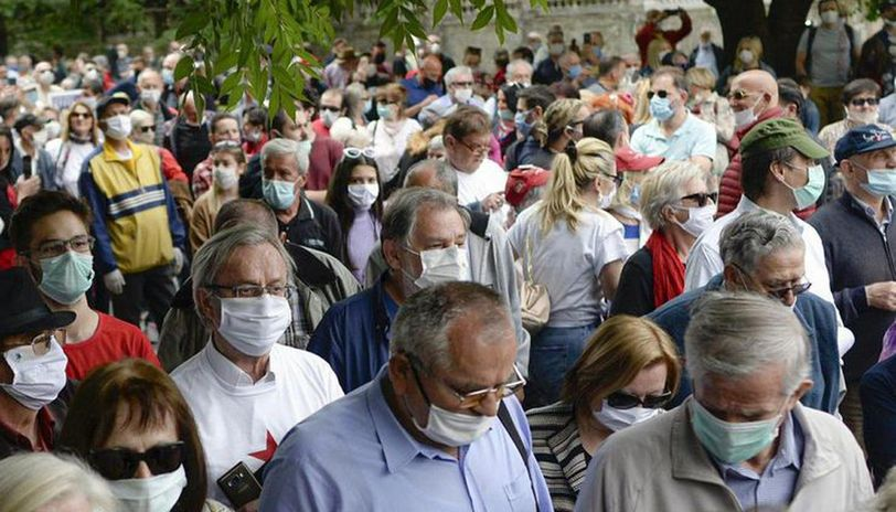 London: Police arrests 19 for protests against UK's coronavirus response