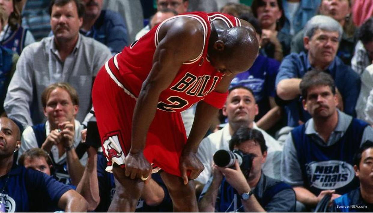 Michael Jordan pizza poisoning story does not add up, claims former Pizza Hut employee - Republic World
