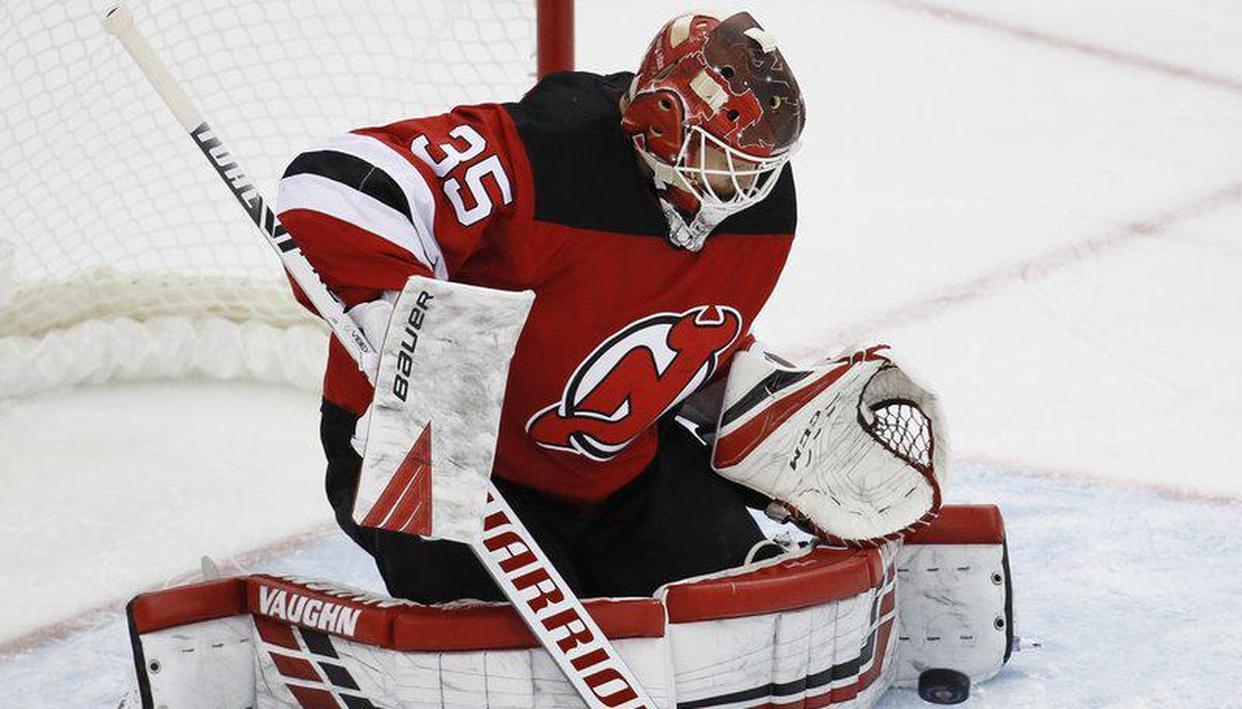 Devils beat St. Louis 4-2, snap Blues' 8-game win streak