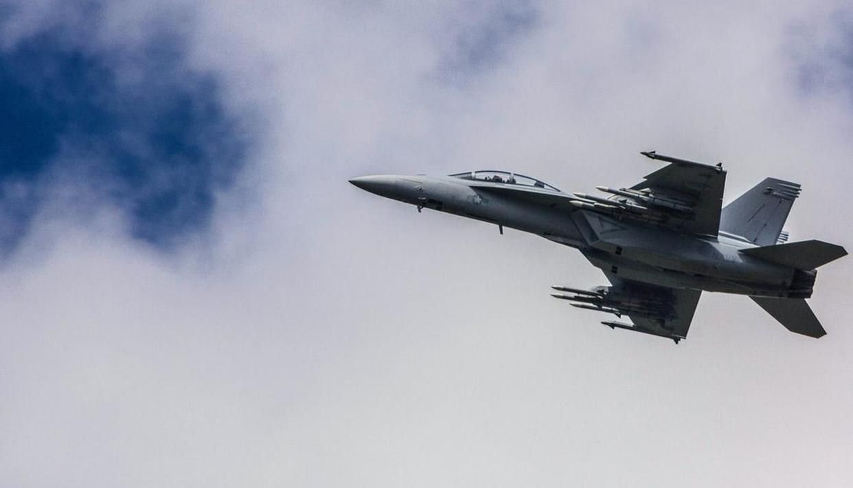 China's fighter jets edge near Taiwan after US military aircraft flies over island - Republic World