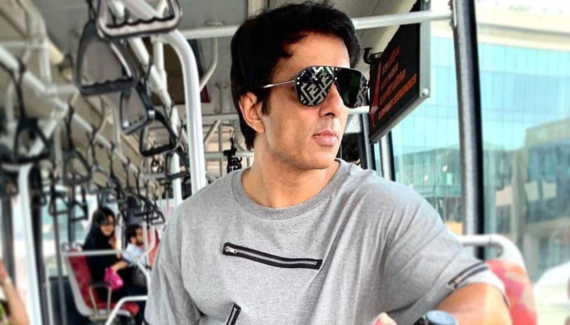 Sonu Sood receives a beautiful gift from a fan on the shooting set in Hyderabad