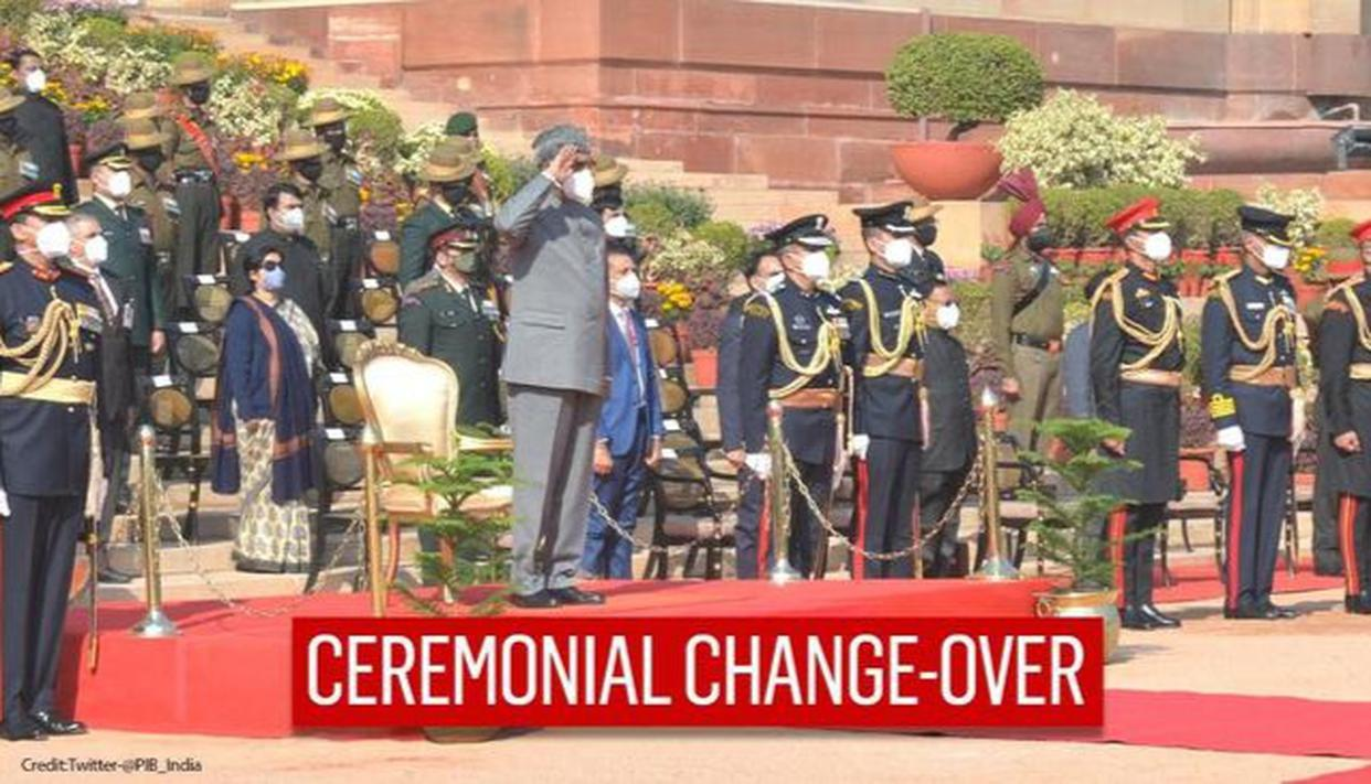 President Ram Nath Kovind witnesses ceremonial change-over of Army Guard battalion