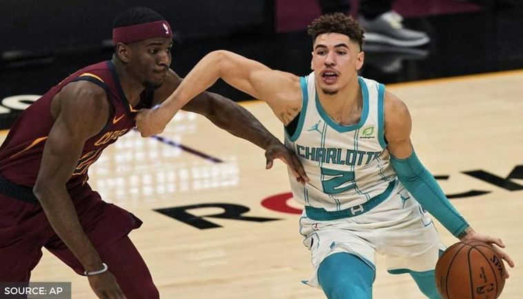 Lamelo Ball Goes Scoreless Off The Bench During Hornets Nba Debut Vs Cavaliers