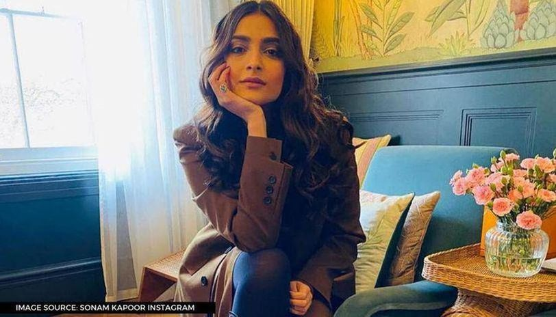 Sonam Kapoor extends birthday wishes to aunt Maheep, calls her 'inspiration'