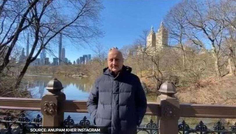 Anupam Kher shares monochrome pictures along with motivational message amid lockdown