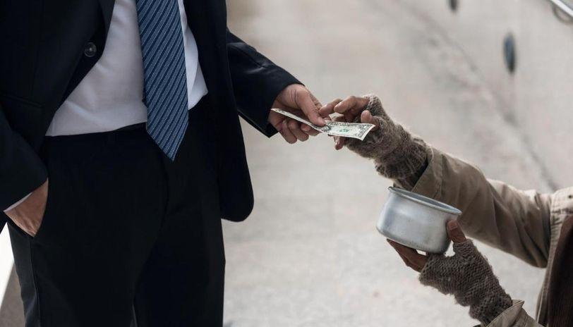 richest beggars