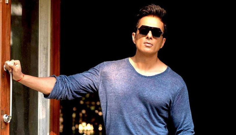 Sonu Sood promises to help a person with his father's gallbladder surgery this week