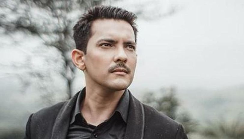 Singer Aditya Narayan Reveals Why He Is Under House Arrest Check Out His Post