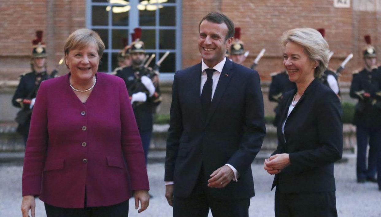 Emmanuel Macron, Merkel to host EU-backed Serbia-Kosovo video summit to ease tensions - Republic World