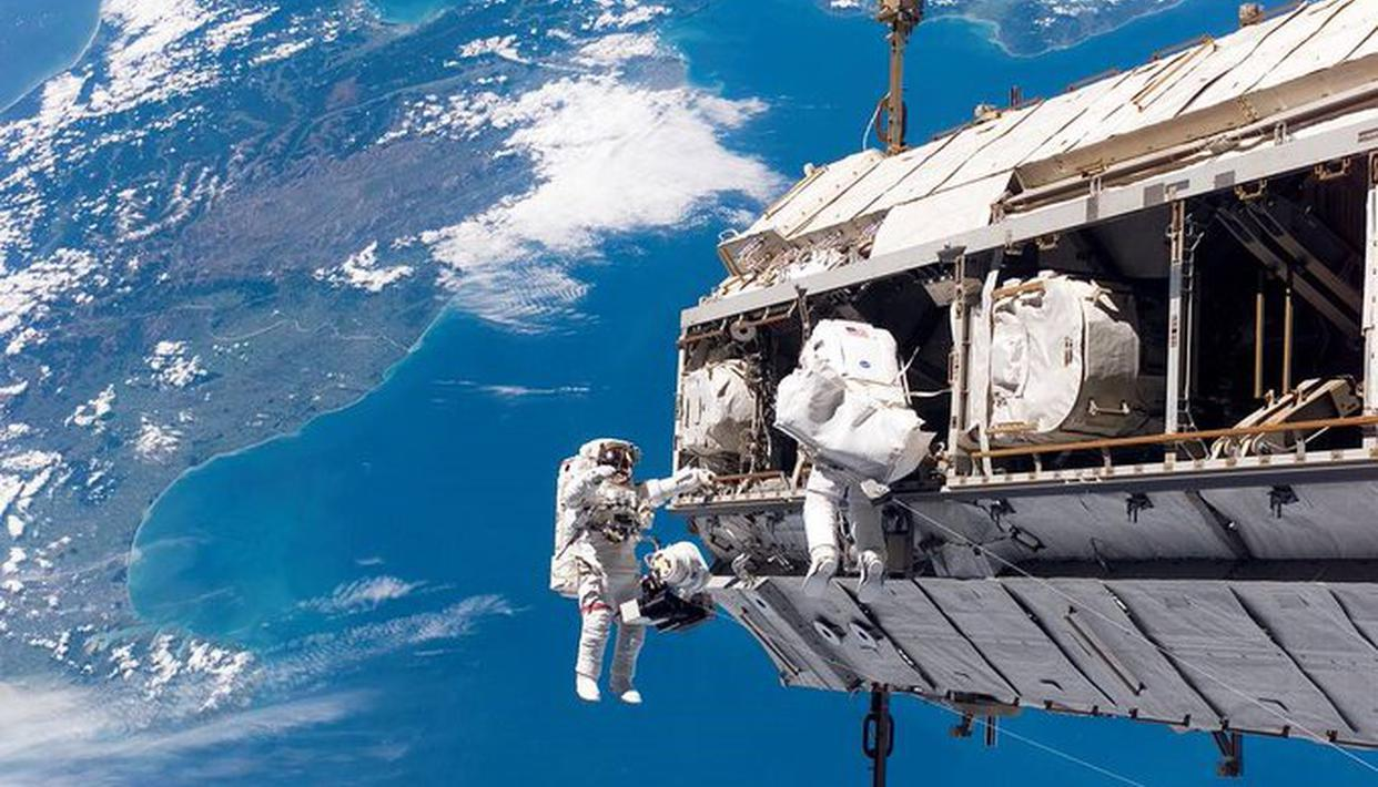 NASA astronaut mistakenly drops a mirror in space during his June 26 spacewalk