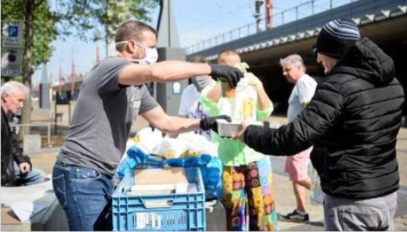 Coronavirus: Michelin-star chef serves homeless amid lockdown in Belgium