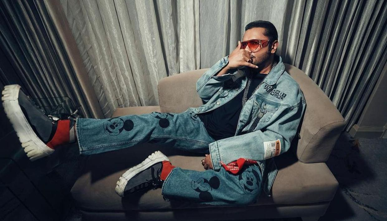 Yo Yo Honey Singh Is Back With Another Banger Titled First Kiss Details Inside Repetition on the radio 89. yo yo honey singh is back with another