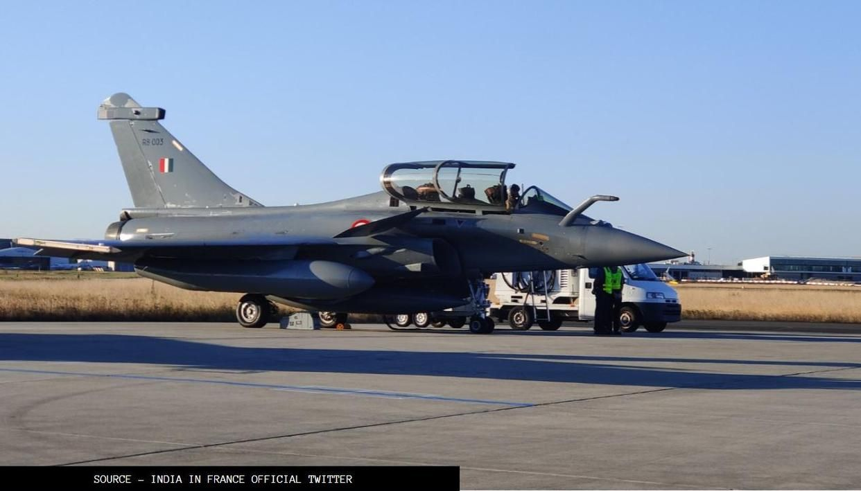 Fact Check: Did Rafale jets give a tricolour farewell to France before landing in India? - Republic World
