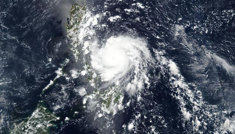 Philippines: 5 killed and more than 90,000 displaced by Typhoon Ambo