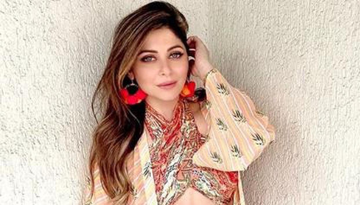 Singer Kanika Kapoor tests positive for coronavirus
