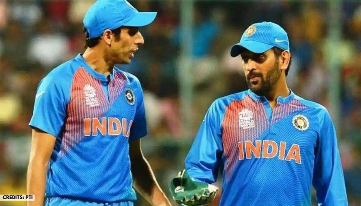 Ashish Nehra credits CSK captain MS Dhoni for motivating him to play in 2011 World Cup - Republic World