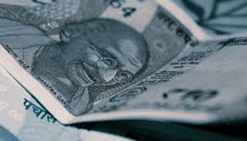 Rupee regains 11 paise against USD on easing crude