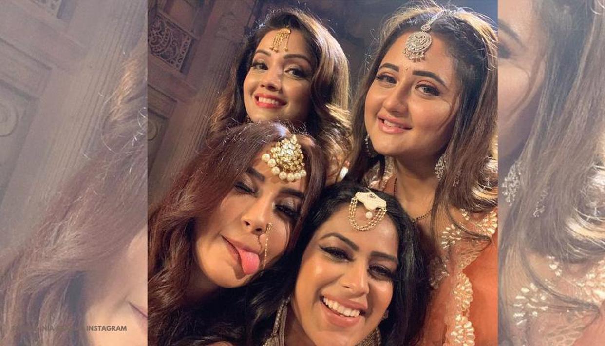 Hina Khan, Nia Sharma, Adaa Khan and Surbhi Jyoti look adorable in Ekta's 'Naagin fest' - Republic World