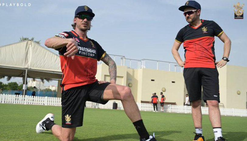RCB coach Mike Hesson 'sometimes regrets not being able to play'